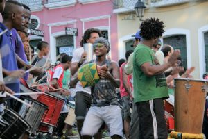 Oft anzutreffen: Rhythmusgruppen und ausgelassene Stimmung © Brasilien Insider/Frisse